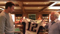 Tom Brady REUNITES With Stolen Jerseys ... 'That's Awesome!' (VIDEO)