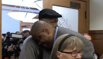 Patrick Ewing Hugs It Out With John Thompson ... After Replacing His Son (VIDEO)
