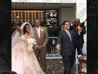 Omarosa Marries Pastor John Allen Newman At Trump D.C. Hotel