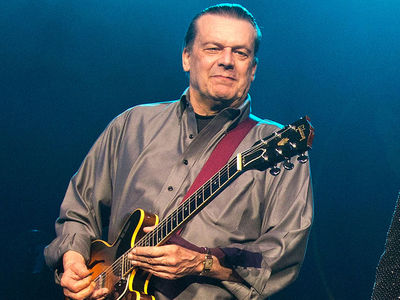 J. Geils Band Leader Dead at 71
