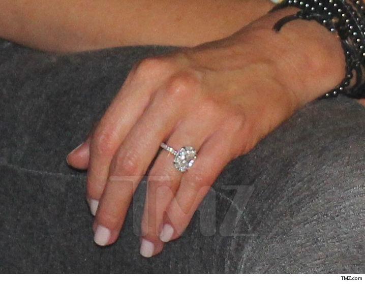 Kim Kardashian Second Wedding Ring