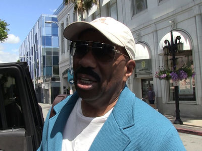 Steve Harvey Says Trump IS Keeping Promises ... to Him, At Least (VIDEO)