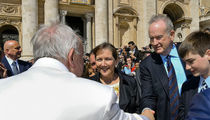 Bill O'Reilly's Pope Meeting Couldn't Save Job at FOX News (PHOTO)
