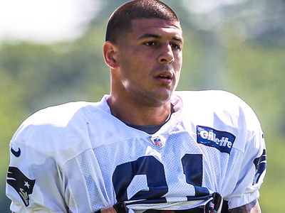 Aaron Hernandez's 3rd Suicide Note Was for Attorney, Not Gay Lover