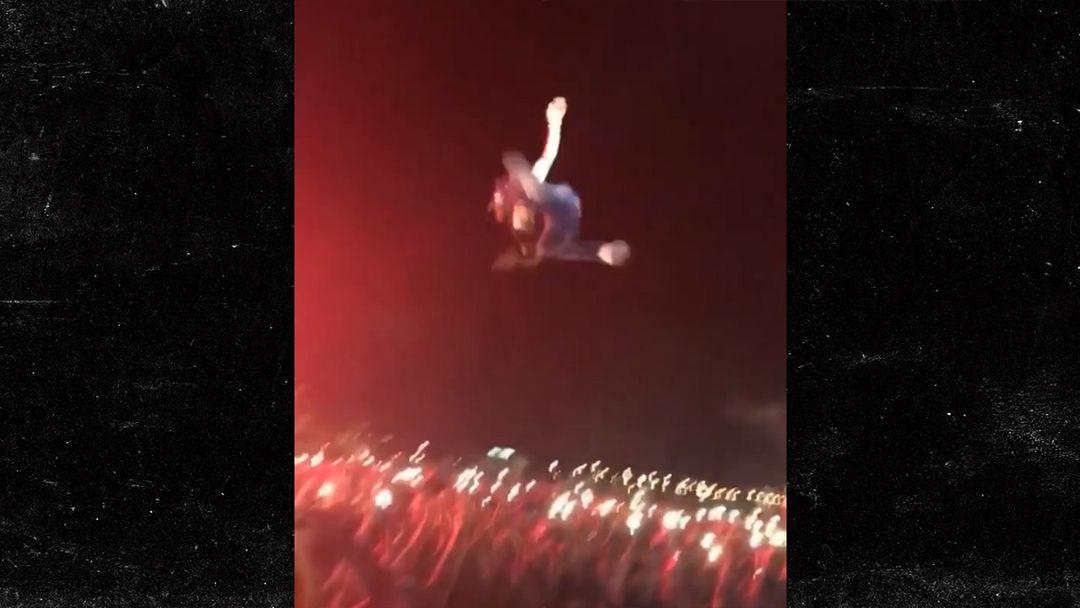 Lil Uzi Vert Jumps from 20 Foot Tent Into a Crowd During Rolling Loud Festival & Lil Uzi Vert Jumps from 20 Foot Tent Into a Crowd During Rolling ...