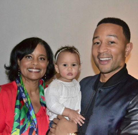 John Legend posted a couple pics with Luna and her Grandma's