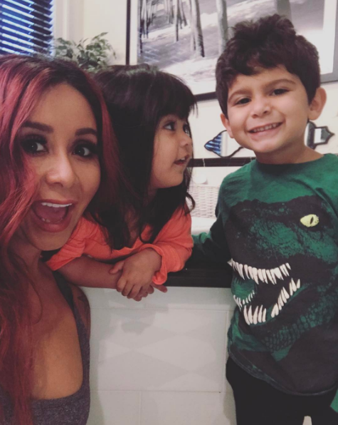 """Nicole """"Snooki"""" Polizzi shared a quick family pic of her and her munchkins."""