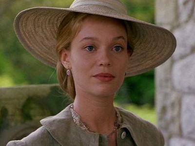 Amy March in 'Little Women' 'Memba Her?!