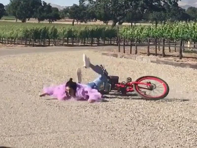 Kendall Jenner Eats Dirt Riding a Bike!!! (VIDEO)