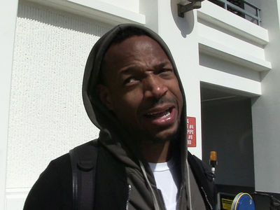 Marlon Wayans Suggests Ex-WWE Star Is Afraid of Giant Black Penises