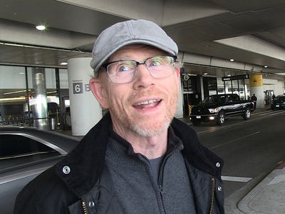 Ron Howard Says President Trump's Mars Plan Is Way Too Ambitious (360 VIDEO)