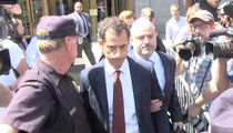Anthony Weiner Weeps in Court, Pleads Guilty to Sexting 15-Year-Old Girl (VIDEO + PHOTO)