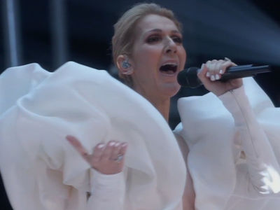 Celine Dion Performs Titanic's 'My Heart Will Go On' At Billboard Awards