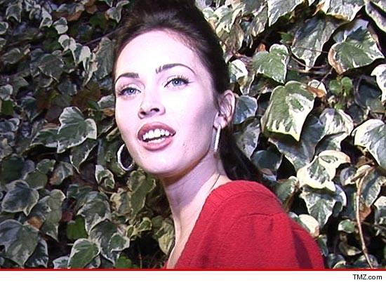 Megan Fox -- Legal Threat Over Nude Pic  Those Arent My Boobs  Tmzcom-7732