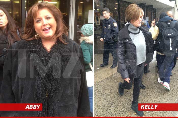 dance moms stars blocked from tweeting at costar