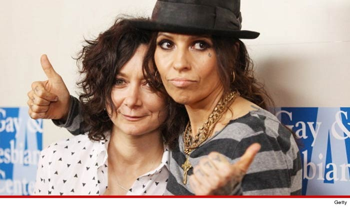 Linda Perry And Sara Gilbert Wedding More Like A Rock Show With Vows