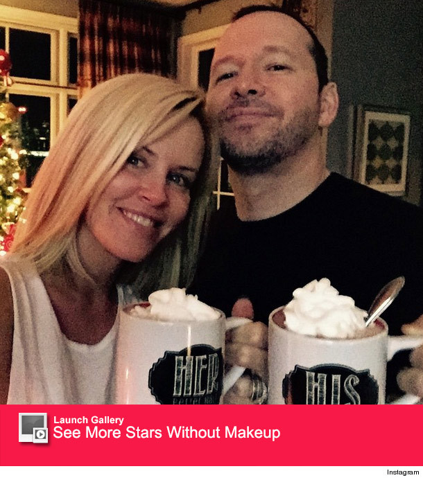 Jenny McCarthy Shares Sweet Makeup-Free Selfie With Donnie