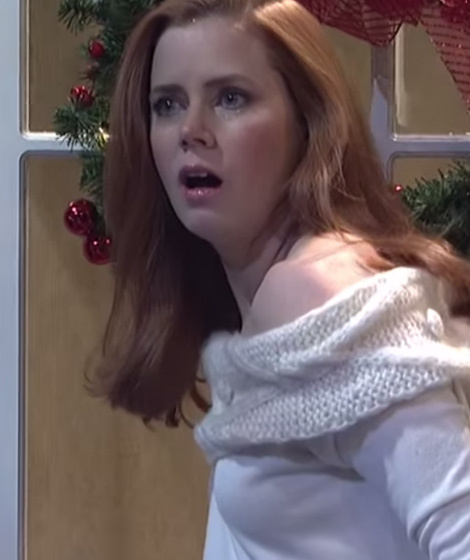 Amy Adams Loses It During Quot Love Actually Quot Spoof On Quot Snl Quot Toofab Com