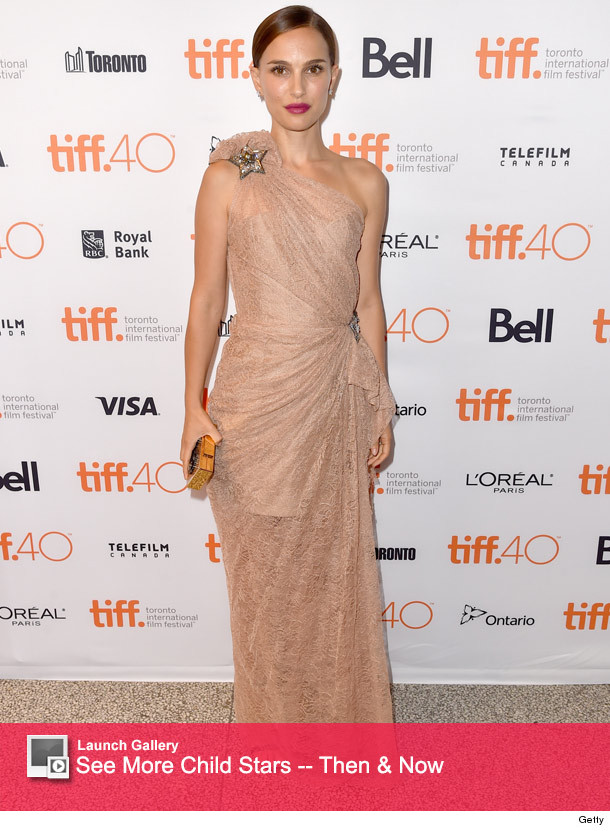 Natalie Portman And Naomi Watts Stun In Nude Gowns At -6251