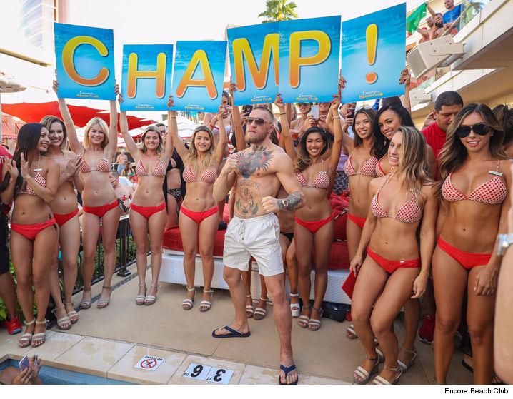 Vegas at sexy girls