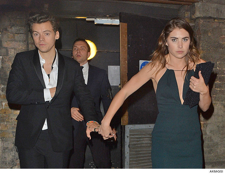 who is harry styles dating 2016