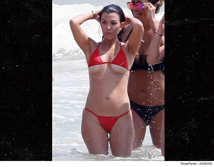 Kim And Kourtney Kardashian Naked 9