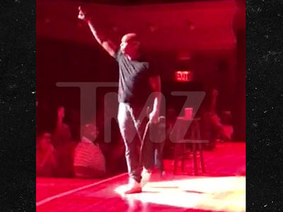Dave Chappelle Donates Proceeds from Flint, Michigan Show to the Community (VIDEO)