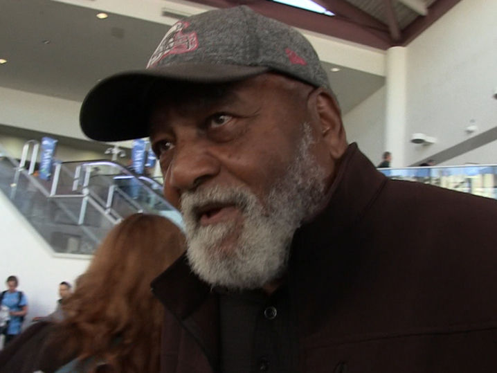 Jim Brown Praises LeBron James, 'Nothing But Admiration for Him'