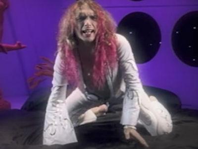 The Darkness Singer Justin Hawkins 'Memba Him?!