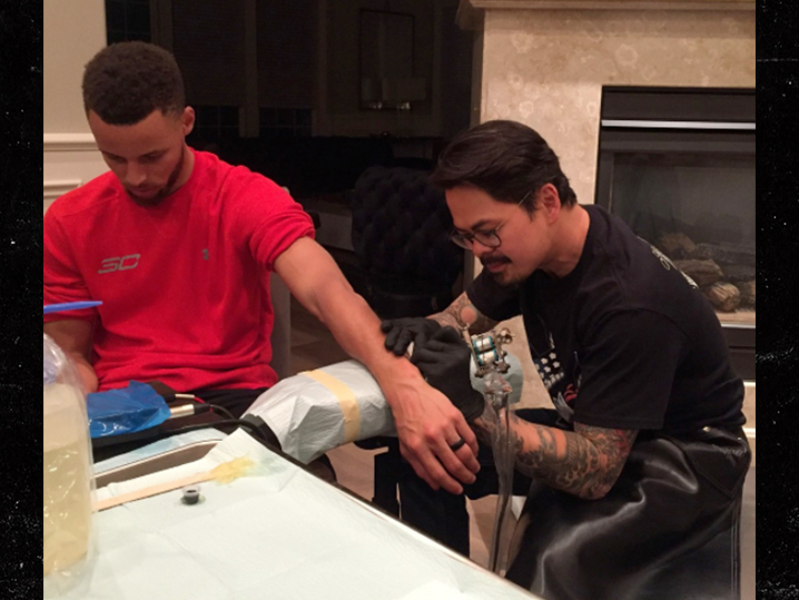 how did steph curry celebrate his 2nd nba title tattoo party at his mansion - Stephen Curry Wedding Ring