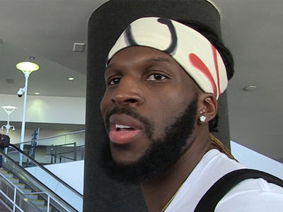 Swag Daddy DeMarre Carroll Critques LeBron's Baldie In Gucci Flip Flops