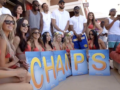 Golden State Warriors Hit Vegas Pool Party With Bikini Models