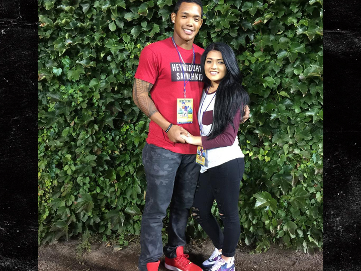 Addison Russell's wife files for divorce from Cubs player