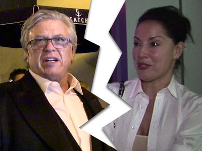 Ron White's Wife Files for Divorce, with a Twist