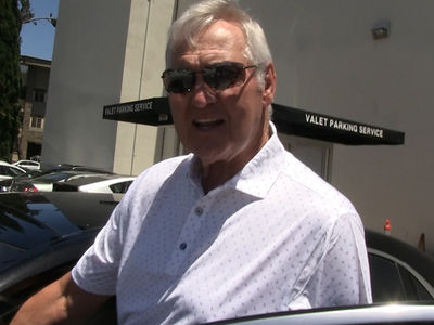 Clippers' Jerry West Says Signing CP3 & Blake Griffin 'Not My Responsibility'