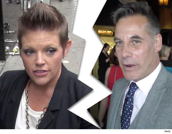 Dixie Chick Natalie Maines divorcing hubby after 17 years