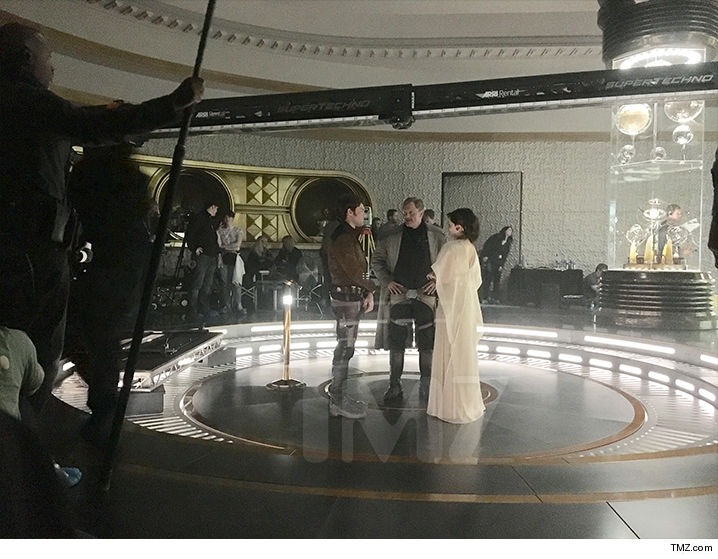 Woody Harrelson and Emilia Clarke Spotted on Leaked 'Han Solo' Set Photo
