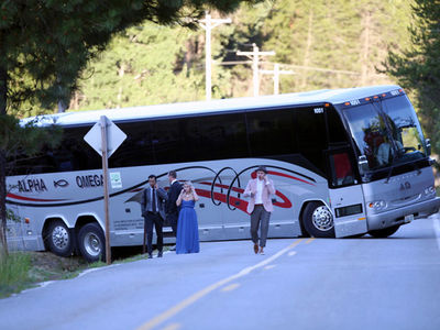 Julianne Hough's Rough Road to Marriage, Bus Breaks Down