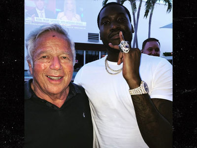Robert Kraft to Meek Mill: Wanna Try On My Super Bowl Ring!?