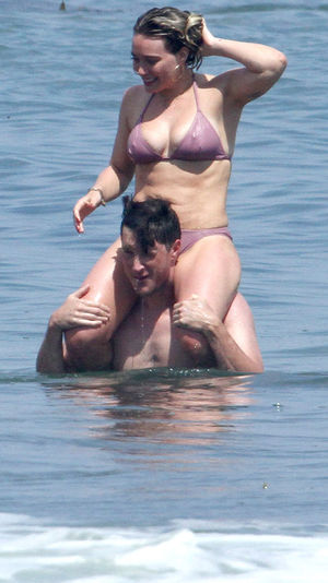 Hilary Duff's Got a New Man, But Same Hot Beach Bod