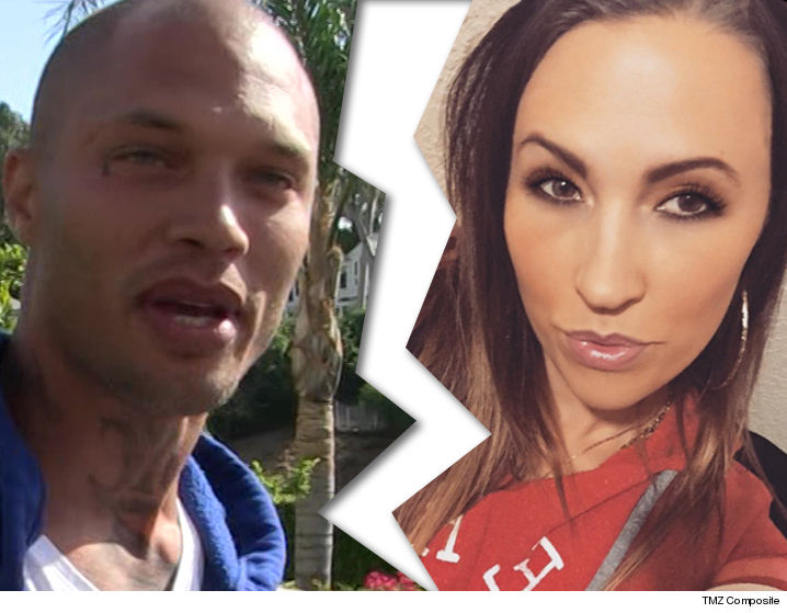 'Hot Felon' leaves wife in his wake after yacht romp