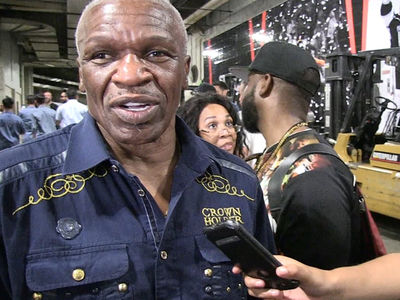 Conor McGregor's 'Dance, Boy' Comments Weren't Racist, Says Floyd Mayweather Sr.