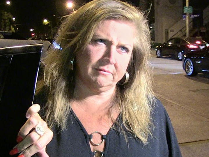 Abby Lee Miller Checks into Federal Prison | TMZ.com