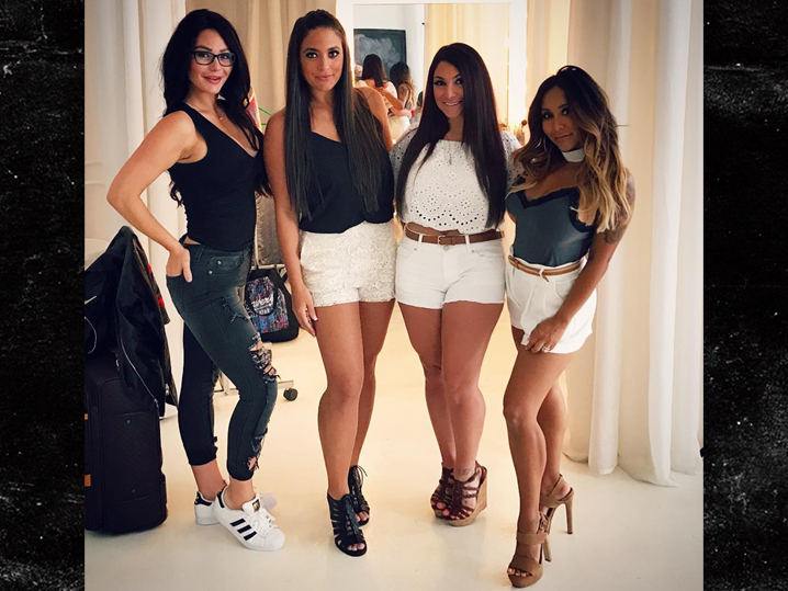 'Jersey Shore' Cast Reunion: New Details Revealed, Including A Premiere Date