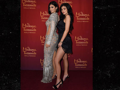 Kylie Jenner Meets Kylie Jenner's Wax Figure, Confusion Ensues