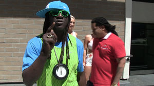 Flavor Flav Will Give O.J. Simpson His Statue Back, But There's a Catch