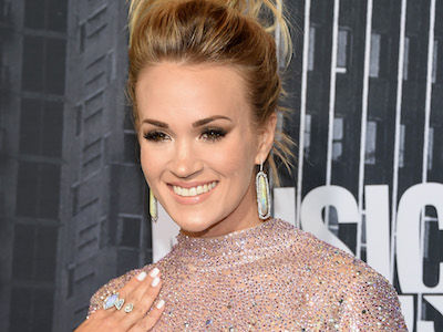 Carrie Underwood Shows Off HOT Summer Bikini Bod by the Lake