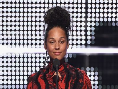 Alicia Keys Did WHAT With Her Hair?! -- You Gotta See her BOLD New Look