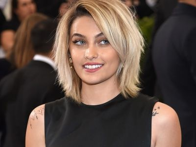 Paris Jackson Shares Photo With No Clothes AND No Makeup