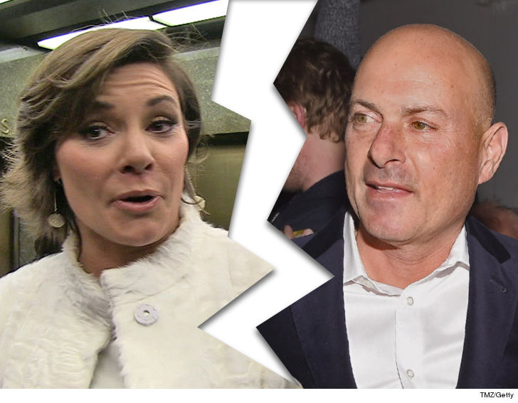 'Housewives' star LuAnn de Lesseps divorcing Tom D'Agostino after eight months